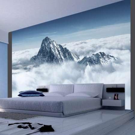 Fototapeta  Górski szczyt w chmurach